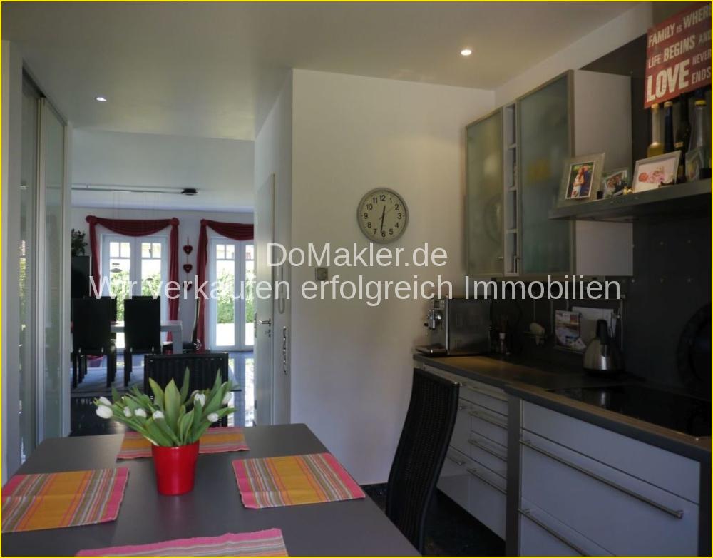 Blick von der Küche ins WZ.png