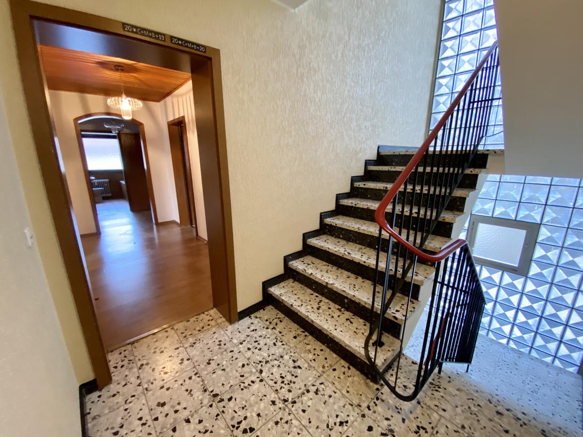 Hausflur, Eingang zur Wohnung