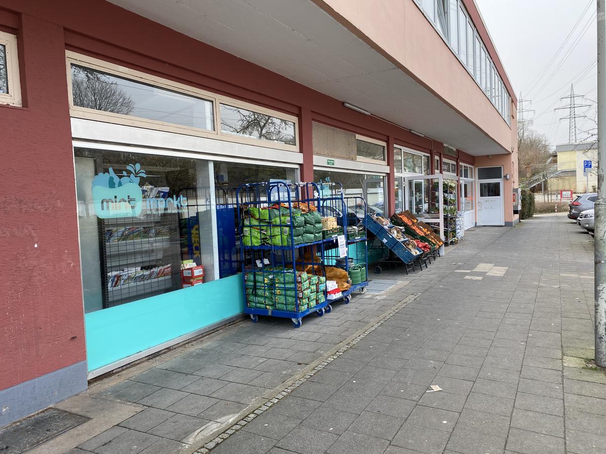 Supermarkt direkt vor Ort!